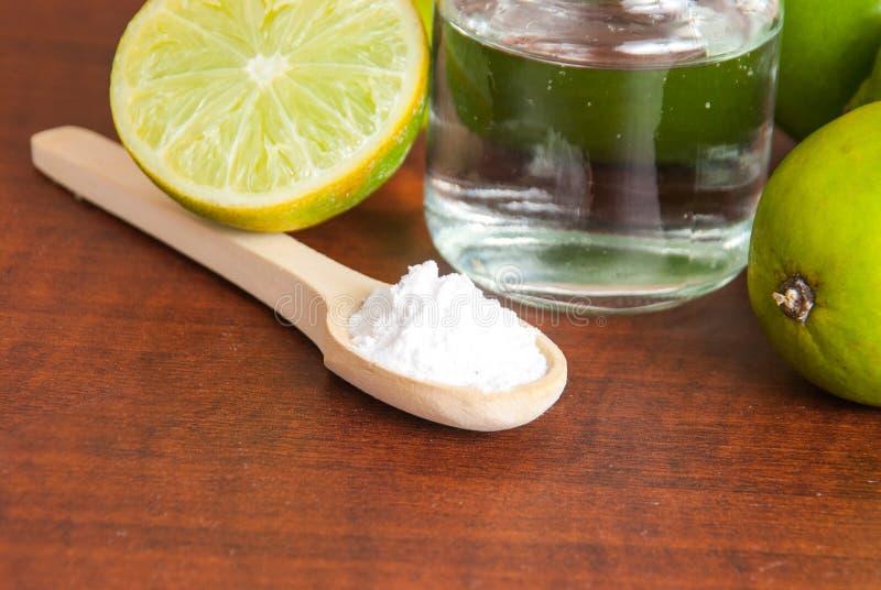 Bicarbonato di sodio dell'agente di sgrassatura del bicarbonato di sodio fotografie stock