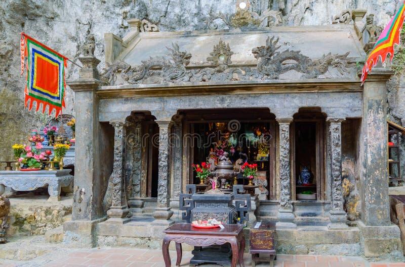 Bich Dong Pagodowa świątynia w Tama Coc obrazy stock