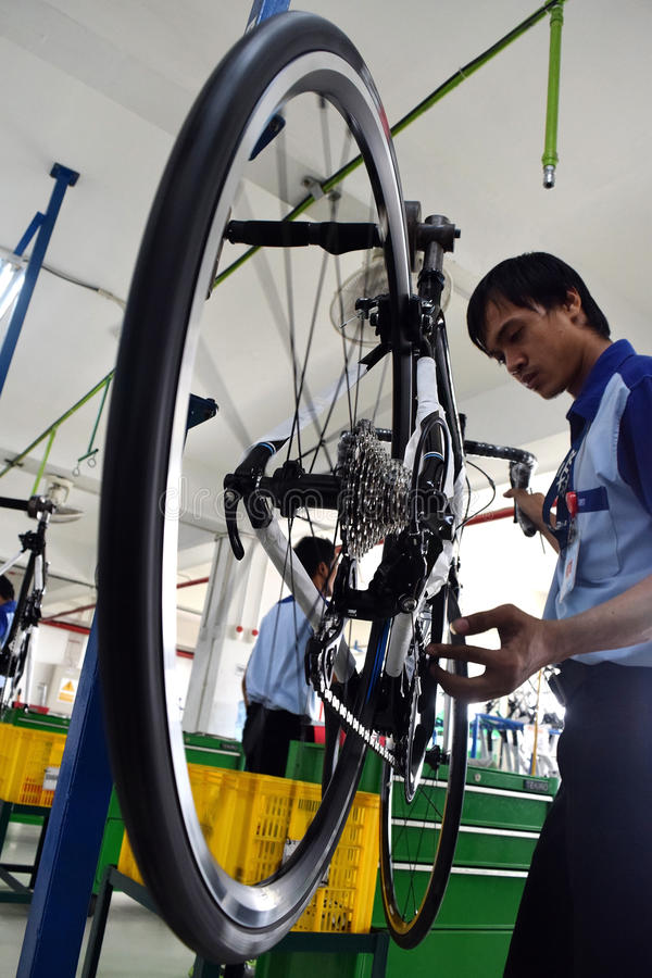 Bici de la bicicleta de la asamblea de Indonesia imagen de archivo libre de regalías