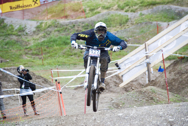 Bici de montaña de UCI cuesta abajo en Leogang 2010 imágenes de archivo libres de regalías