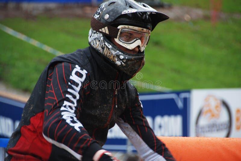 Bici de montaña de UCI cuesta abajo en Leogang 2010 imagenes de archivo