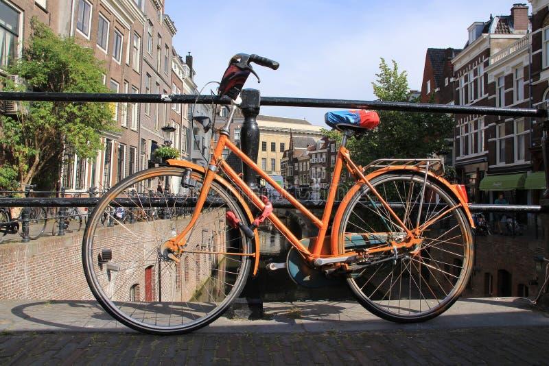 Bici en la ciudad Utrecht fotos de archivo libres de regalías