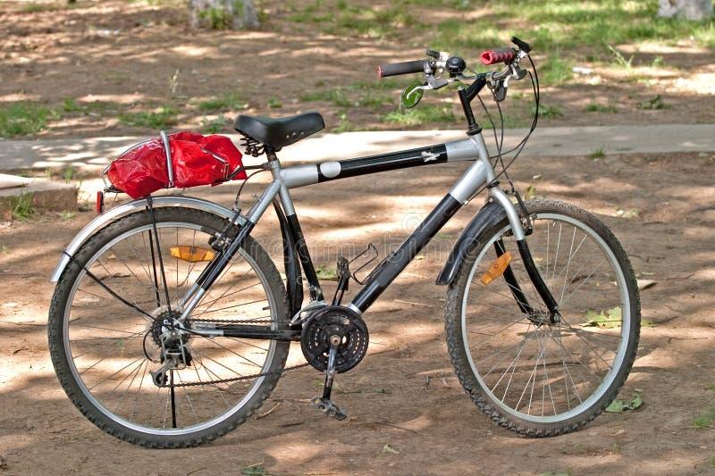 Download Bicicleta foto de stock. Imagem de bicicleta, montanha - 10062584