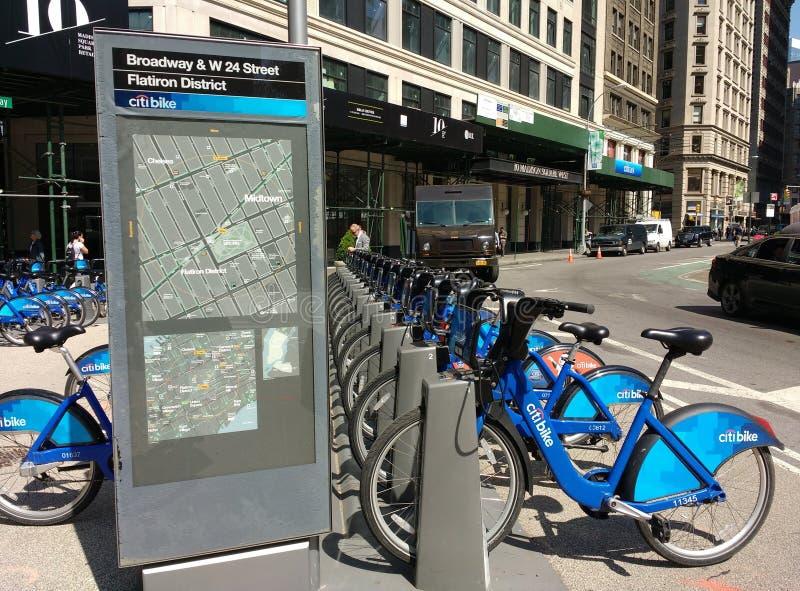 Bicicleta da bicicleta de Citi que compartilha do sistema em New York City, EUA imagens de stock