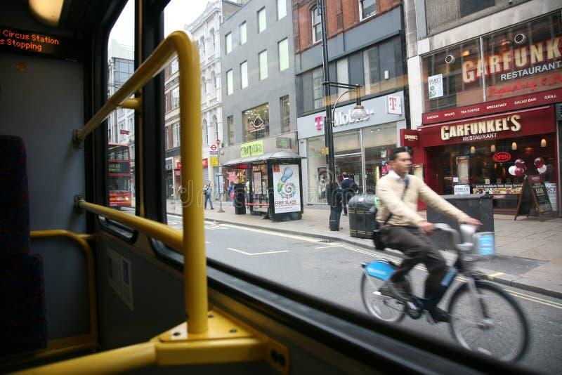 Bicicleta de Londres que compartilha do esquema foto de stock