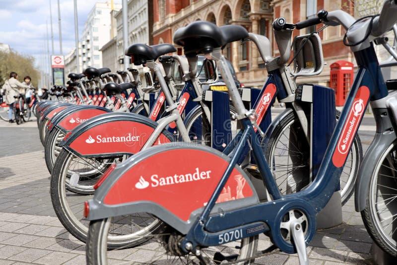 Bicicleta-distribución del sistema en Londres fotos de archivo