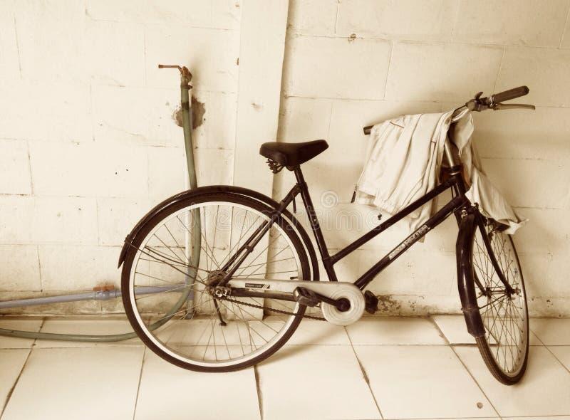 Bicicleta do Sepia fotos de stock royalty free