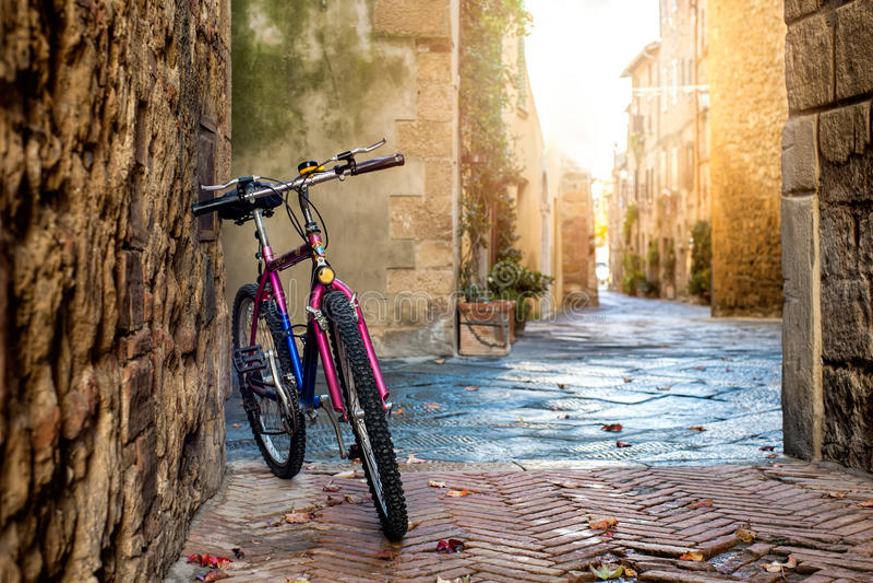 Bicicleta em Pienza foto de stock royalty free