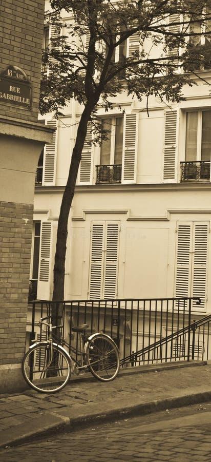 A bicicleta Montmartre foto de stock
