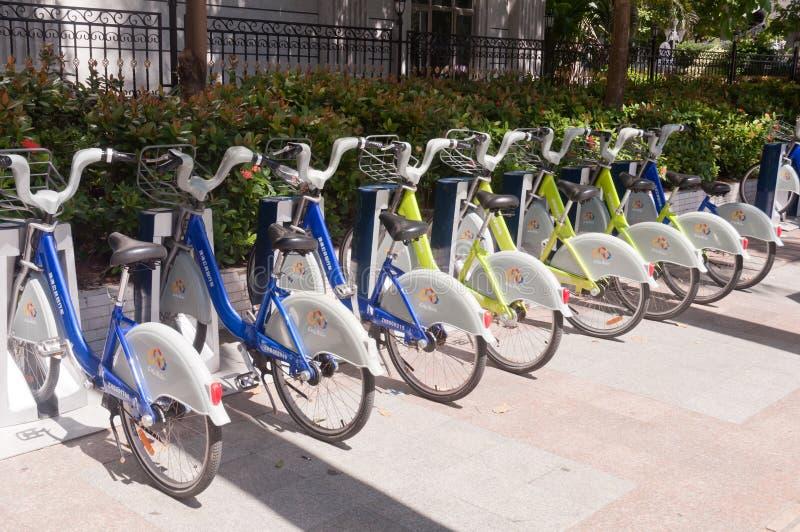 Bicicleta pública em China foto de stock