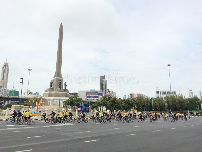 Bicicleta para a mamã Tailândia fotos de stock