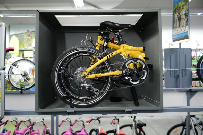 Bicicleta plegable imágenes de archivo libres de regalías