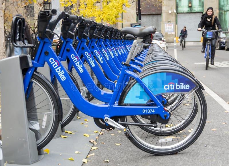 Bicicleta que compartilha em New York foto de stock royalty free