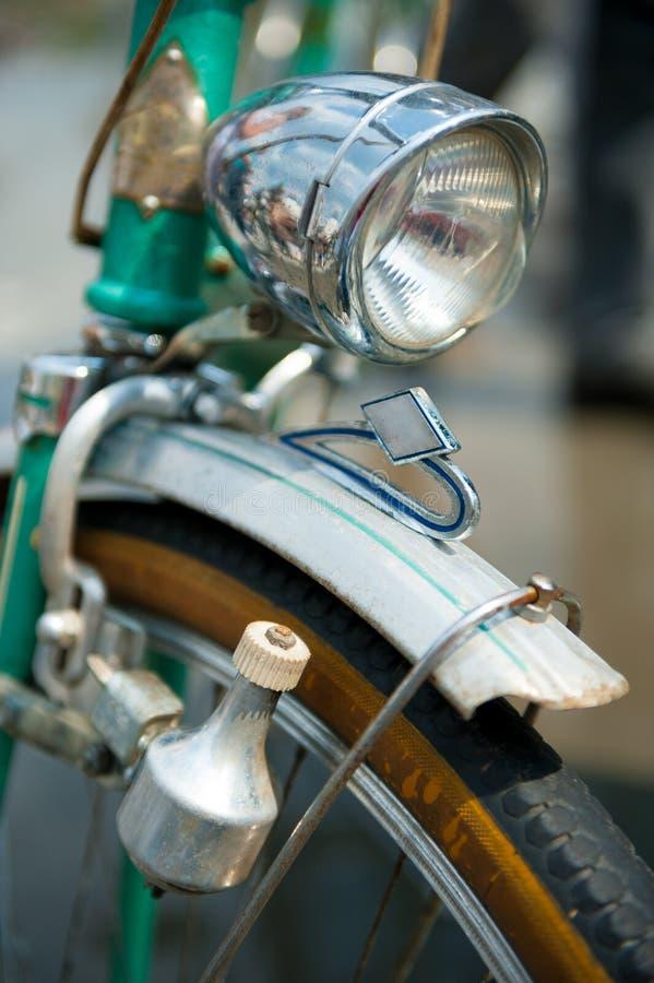 Bicicleta retro velha foto de stock royalty free