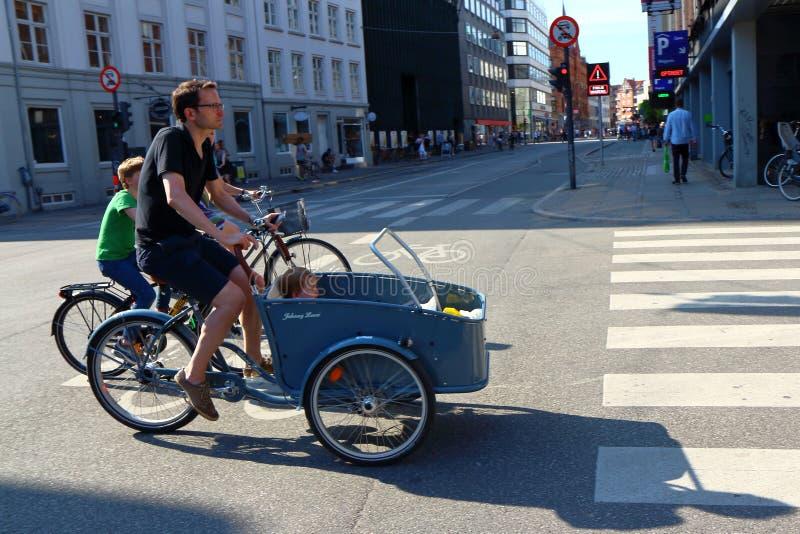 Bicicleta típica de Copenhaga fotos de stock royalty free