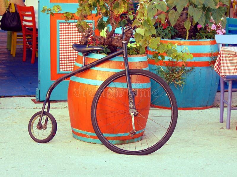 Bicicleta velha imagens de stock royalty free