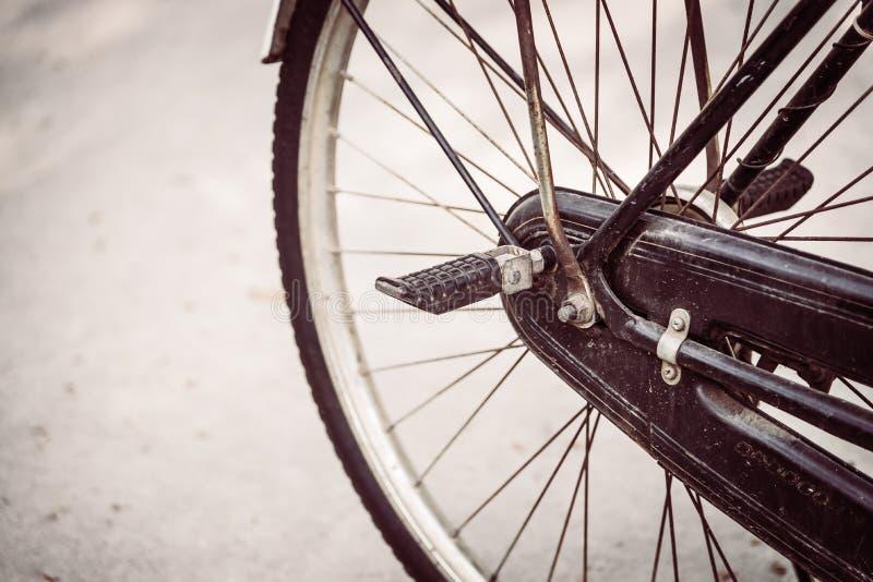 Bicicleta vieja de la vendimia foto de archivo