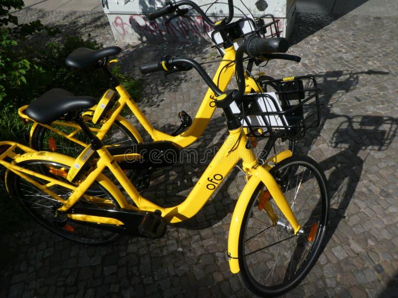 Bicicletas da empresa de Ofo fotografia de stock royalty free