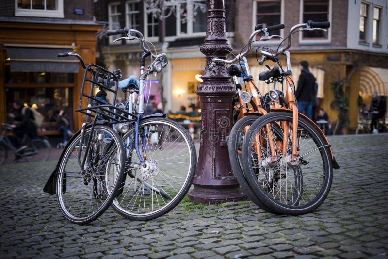 Bicicletas de Amsterdão imagem de stock