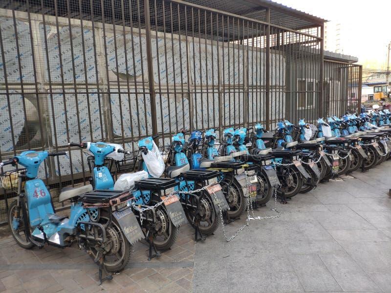 Bicicletas elétricas para afastado imagem de stock
