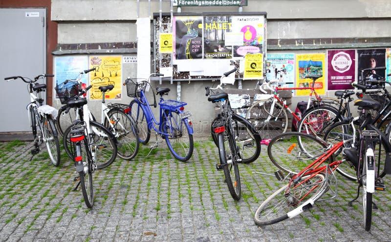Bicicletas em Éstocolmo foto de stock