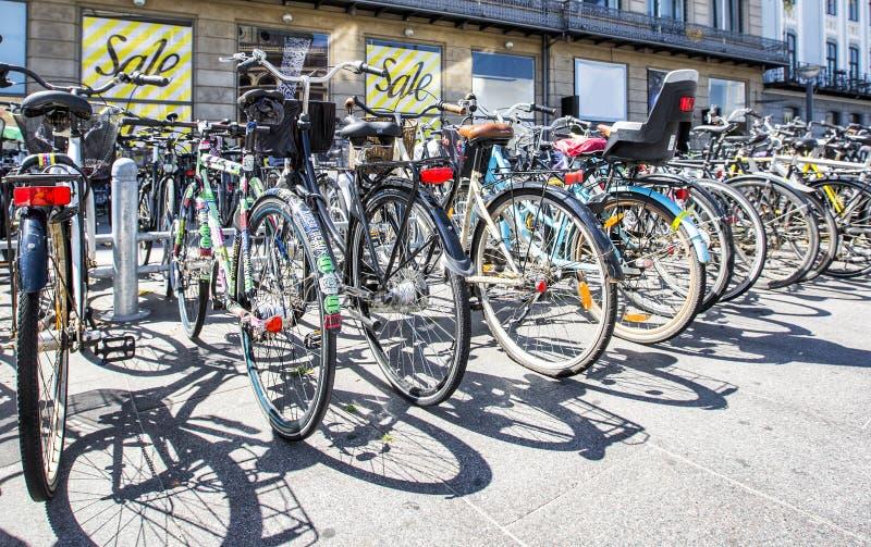 Bicicletas em Copenhaga fotografia de stock