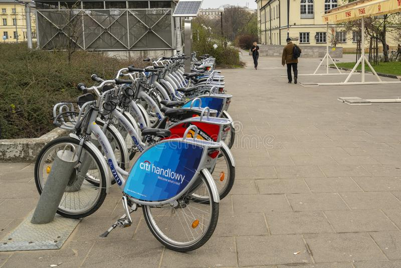 Bicicletas para o aluguer em Vars?via imagem de stock royalty free