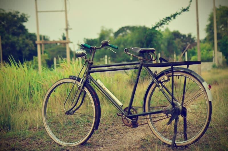 Bicicletta d'annata fotografie stock libere da diritti
