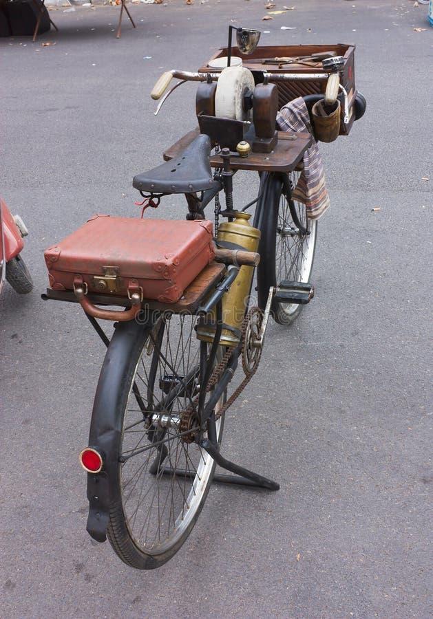 Bicicletta della smerigliatrice della lama fotografia stock libera da diritti
