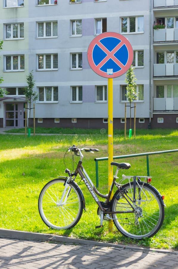 Bicicletta Locked immagini stock