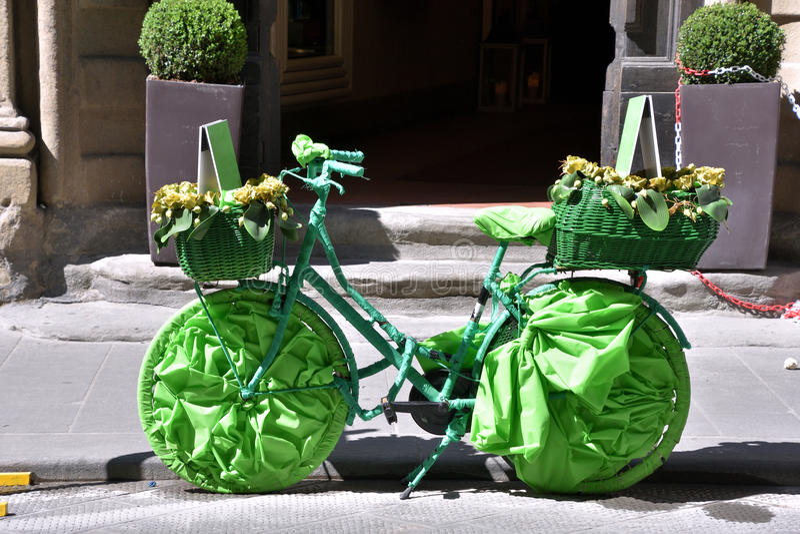 Bicicletta-verde stockfotos