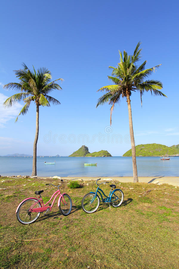 Download Bicycle At The Beach Stock Photos - Image: 26305003