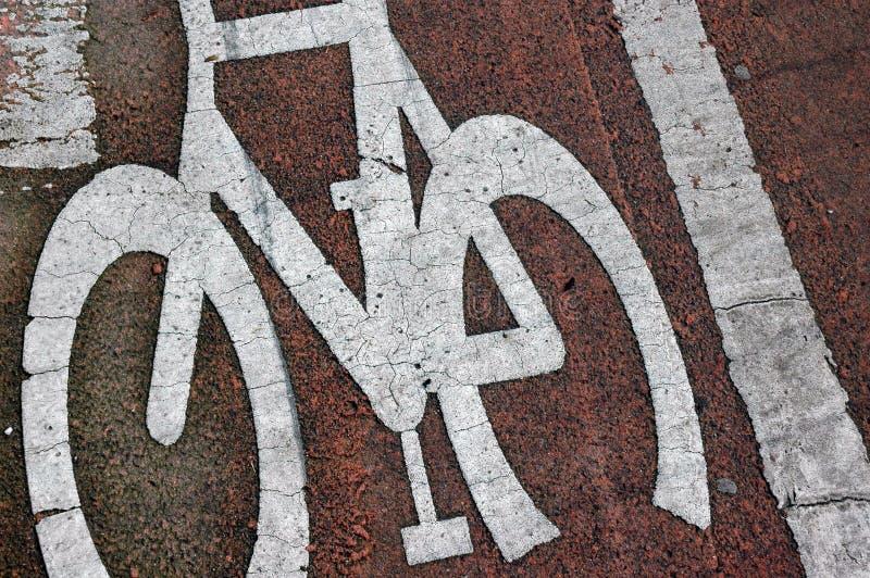 Bicycle lane road markings