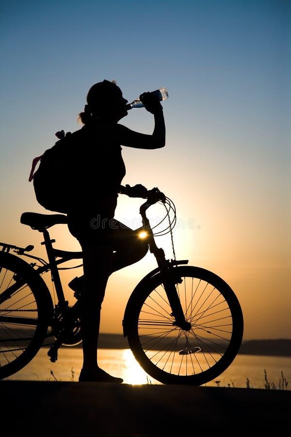 Bicycler di riposo immagini stock