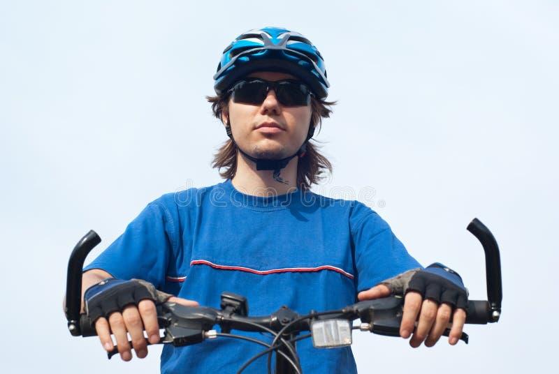 Bicyclist joven imágenes de archivo libres de regalías