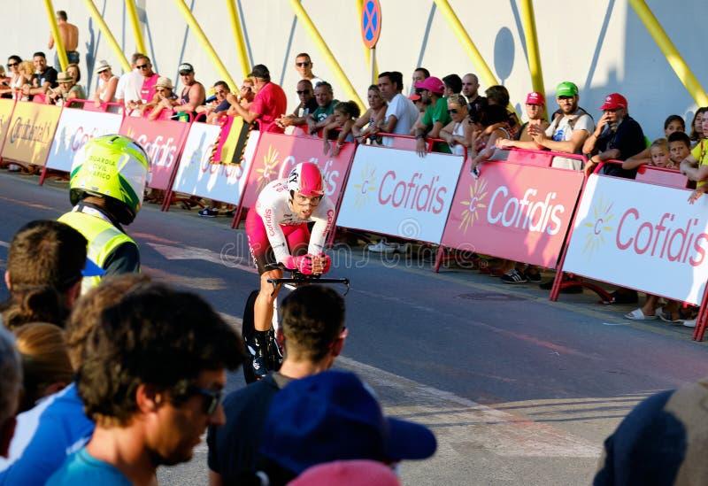 Bicyclist racers nemen deel aan de wedstrijd La Vuelta stock afbeelding