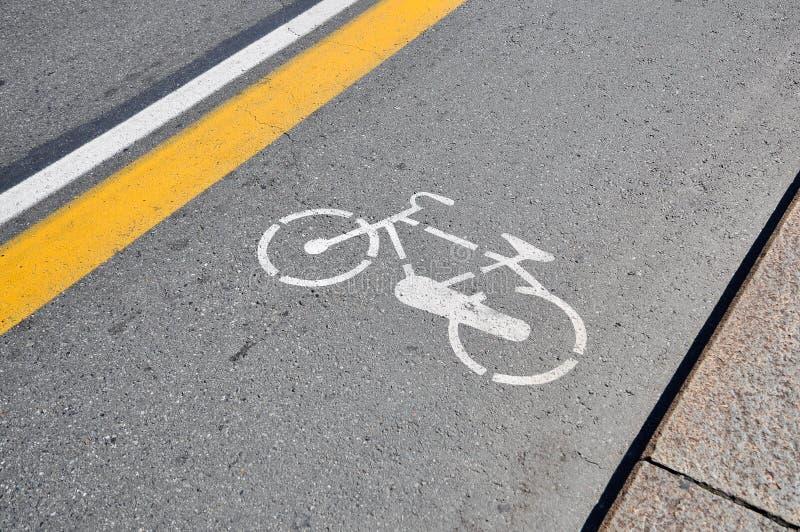 bicykl malujący szyldowy uliczny biel obrazy stock