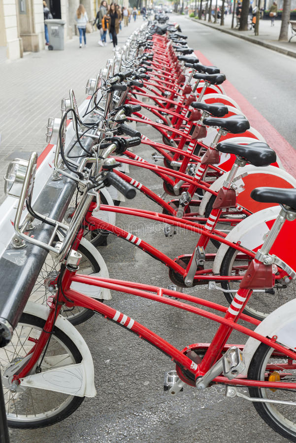 Bicykl parkujący zdjęcia royalty free