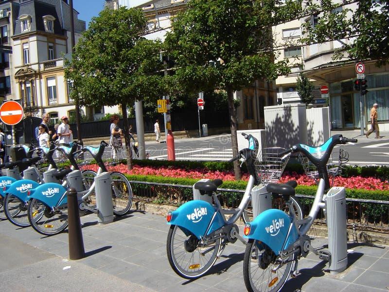 Bicykl stacja w Luksemburg fotografia stock