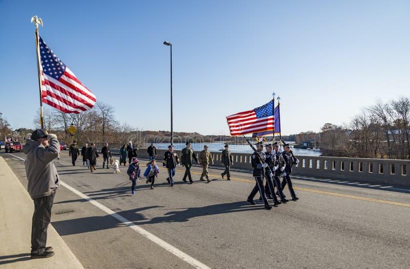 BIDDEFORD - 12 NOVEMBRE : Les vétérans et les gens participent au défilé de vétéran le 12 novembre 2018 dans Biddeford-Saco Maine photographie stock
