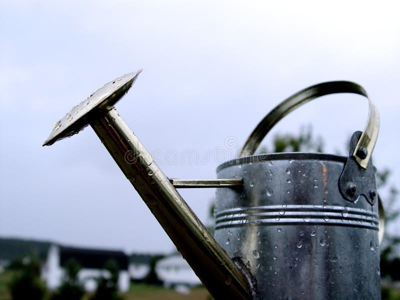 Bidon d'arrosage en métal photographie stock