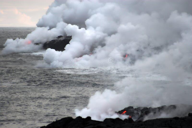 bieżący lawowy ocean fotografia royalty free