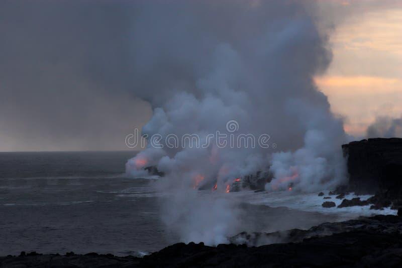bieżący lawowy ocean obrazy stock