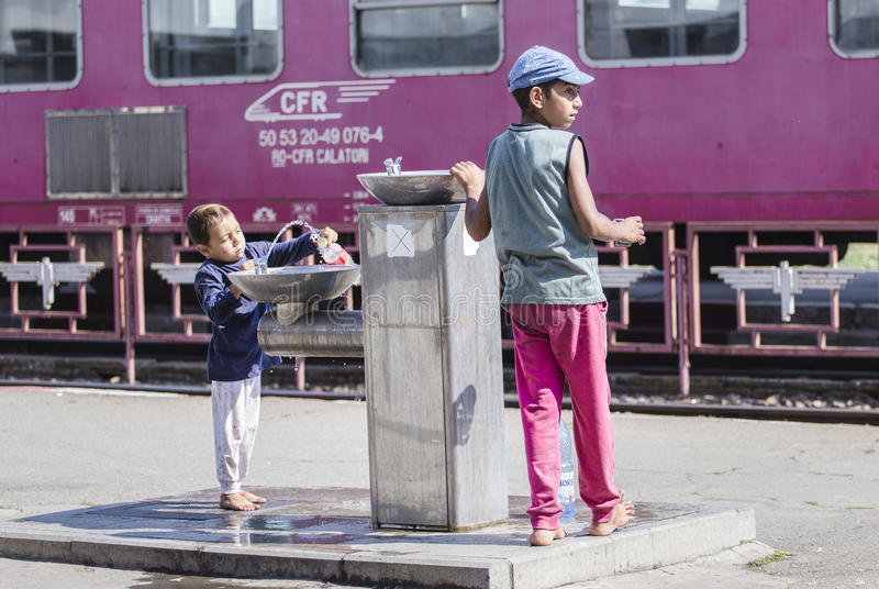 Biedni Bezdomni dzieci obrazy stock