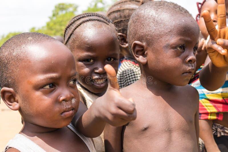 Biedni wiejscy afrykańscy dzieci 32 zdjęcia royalty free