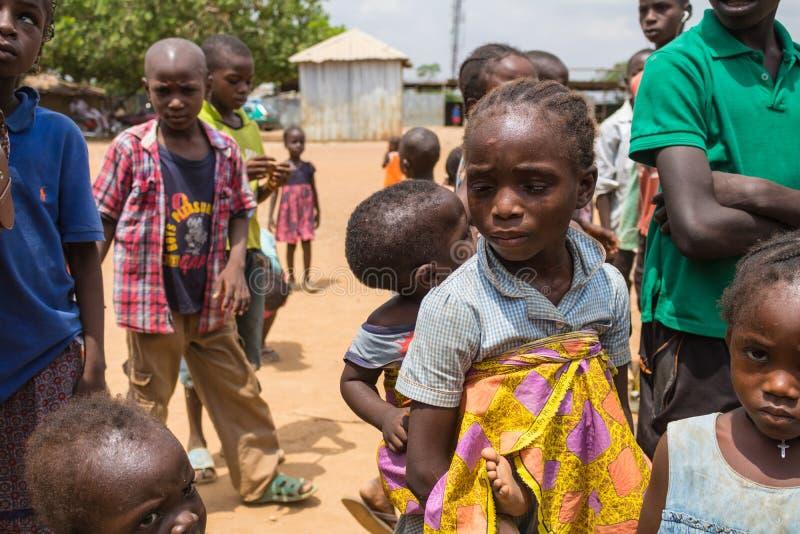 Biedni wiejscy afrykańscy dzieci 8 fotografia royalty free
