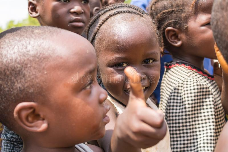 Biedni wiejscy afrykańscy dzieci 1 zdjęcia stock
