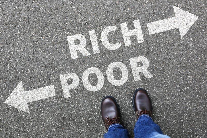 Biedny bogaty ubóstwo finansuje pieniężnego sukcesu pieniądze pomyślnych bu zdjęcie royalty free