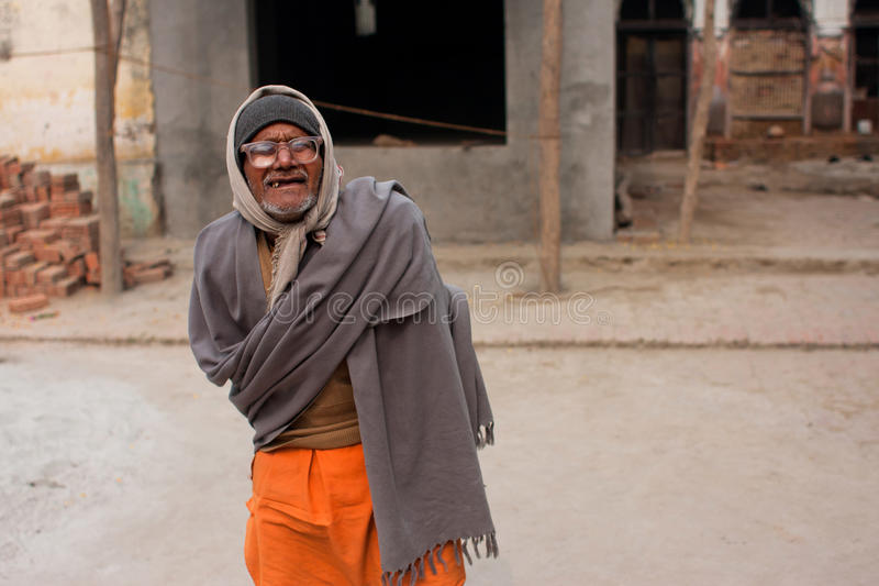 Biedny indyjski mężczyzna w szkłach zdjęcie royalty free