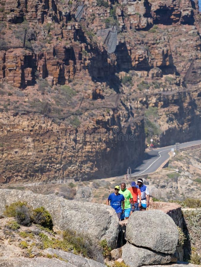 Biegacze biega na Chapmans szczytu przejażdżce, Kapsztad, Południowa Afryka obraz stock